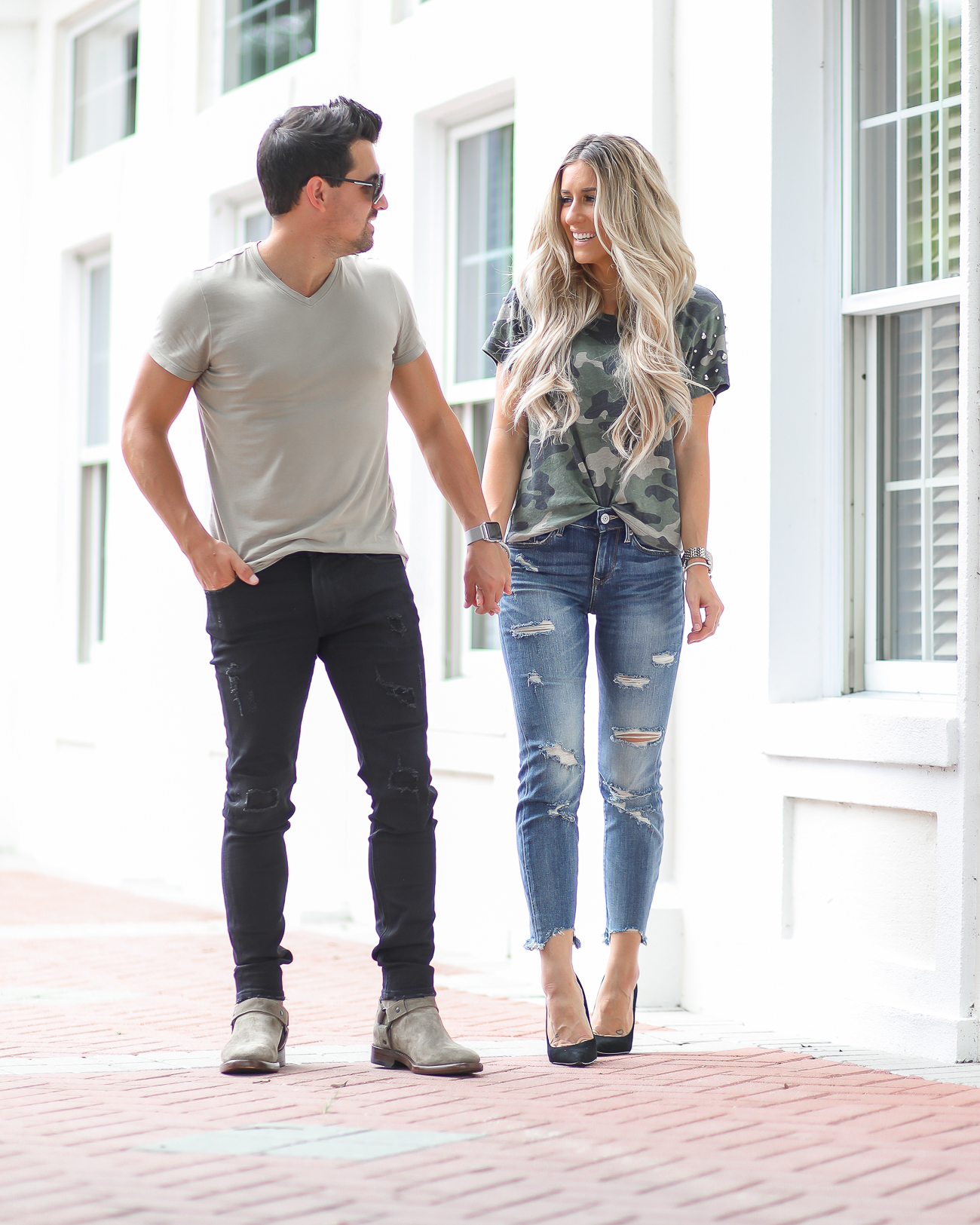 Express Distressed Jeans Casual Couples Style Camo Tee Mens Style-1