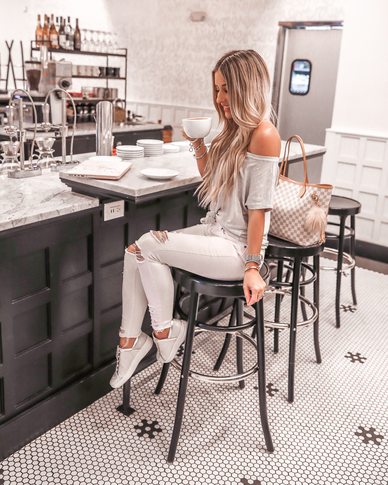 Buddy Brew Hype Park Tampa FitFlop Sneakers COMFY COFFEE HOUSE Outfit