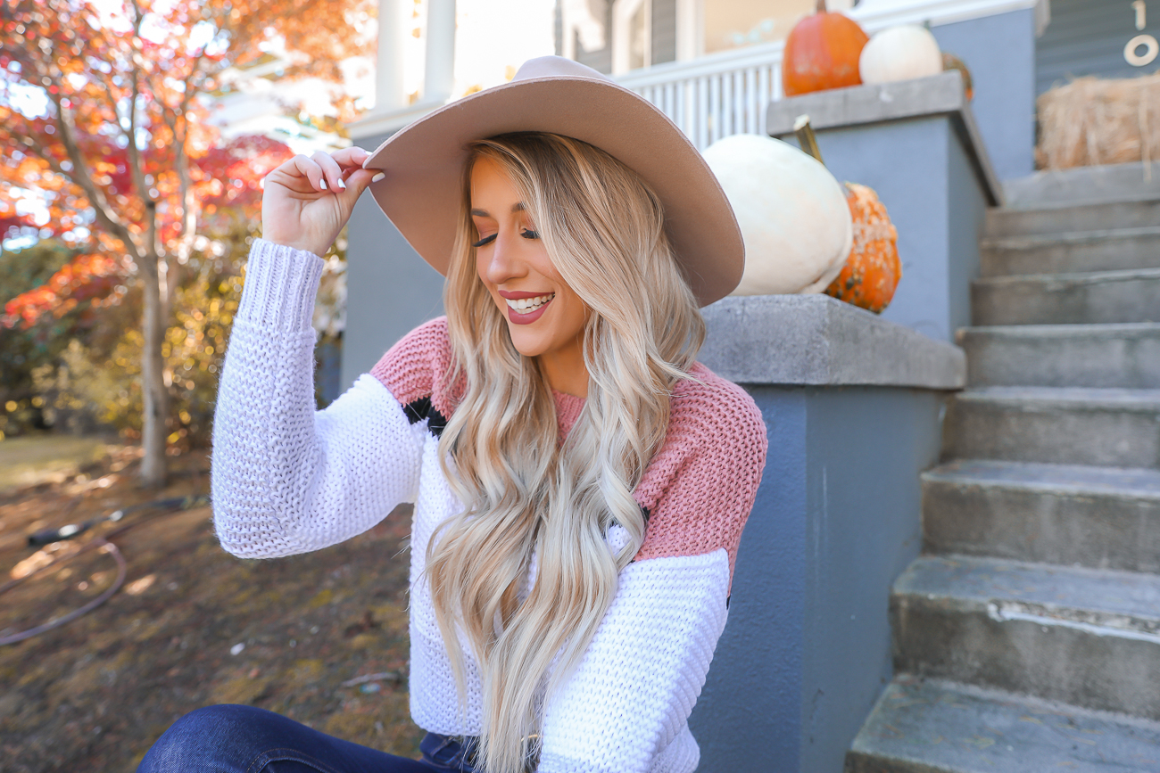 Cozy Fall outfit colorblock sweater pumpkins Fall outfit idea Portland, Oregon-9