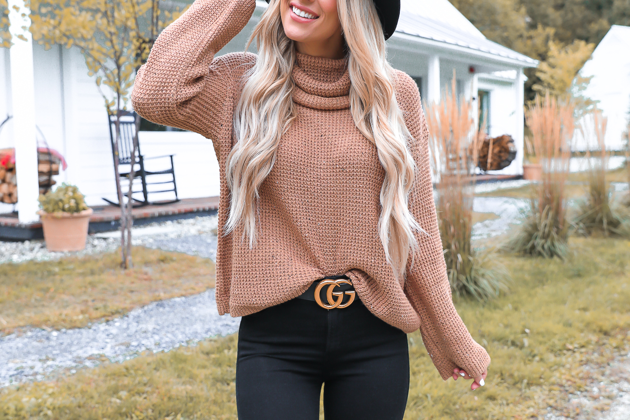 Nordstrom Fall Outfit Idea Stowe Vermont Black & Tan Outfit Gucci Belt Stuart Weitzman Over the knee boots