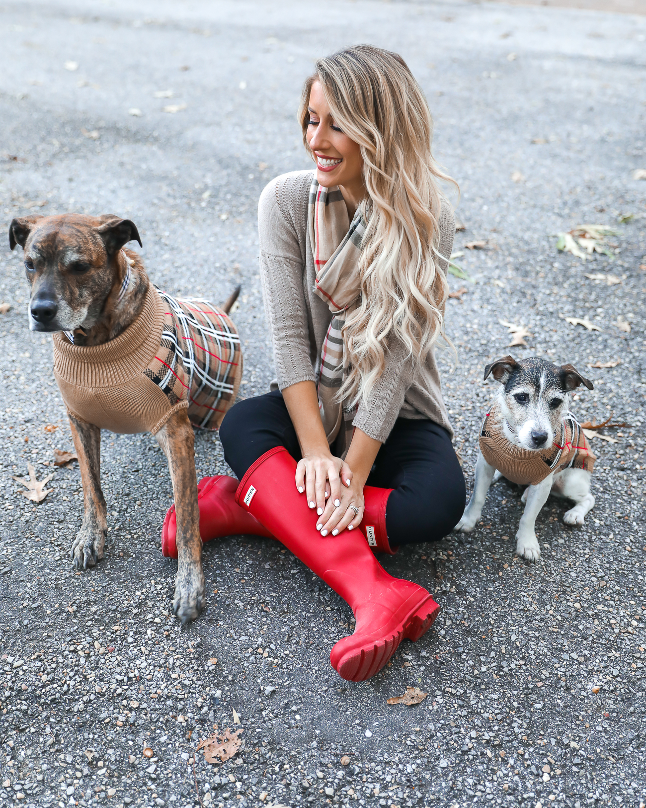 Thangsgiving Day Outfit Idea Red Hunter Boots Burberry Scarf Dog sweater Casual Holiday Outfit Idea