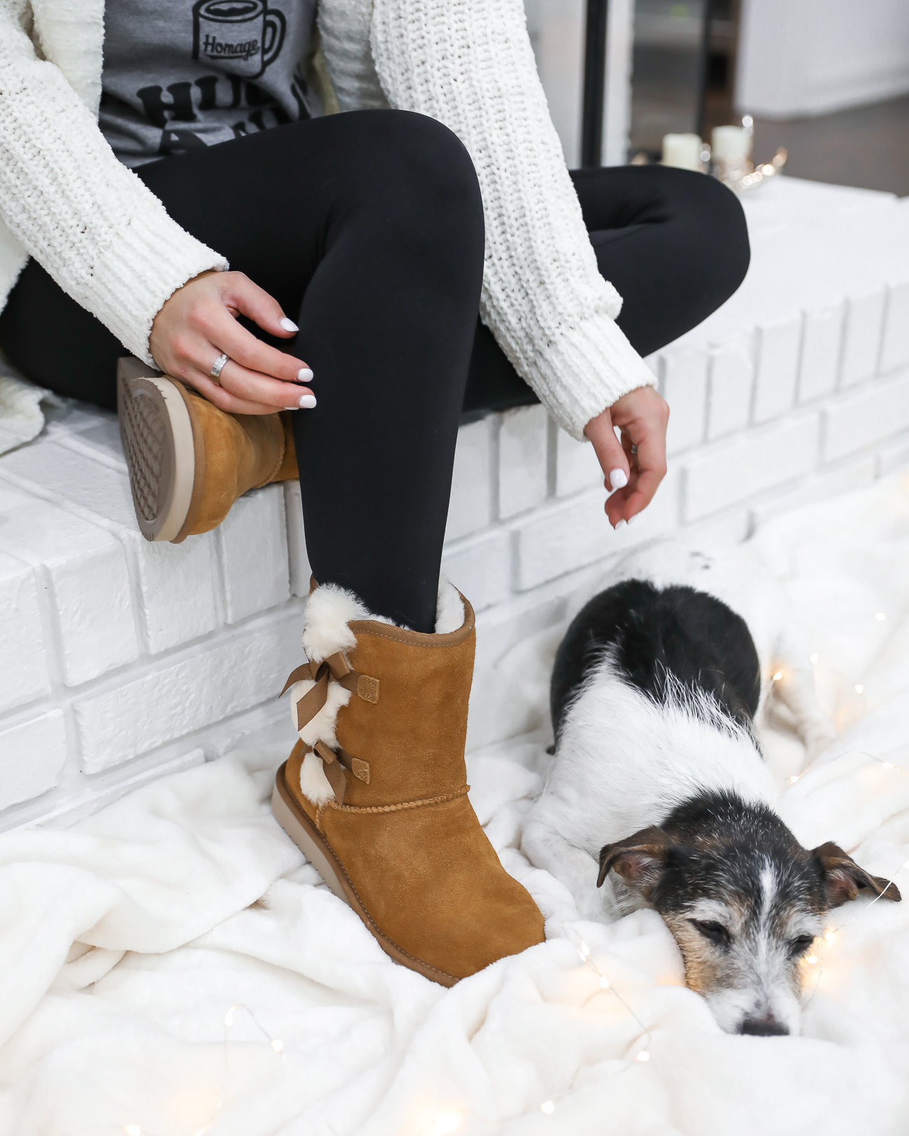 UGGS KOOLABURRA VICTORIA SHORT BOOTS CASUAL WINTER OUTFIT COFFEE TANK TOP WHITE CHENILLE CARDIGAN WHITE FARMHOUSE FIREPLACE LAURA BEVERLIN