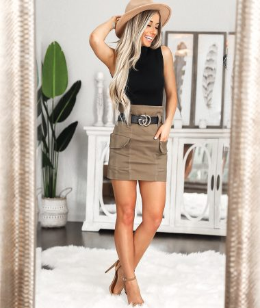 J.ing Date Night outfit Black Gucci Belt Cargo skirt Tan fedora hat Laura Beverlin