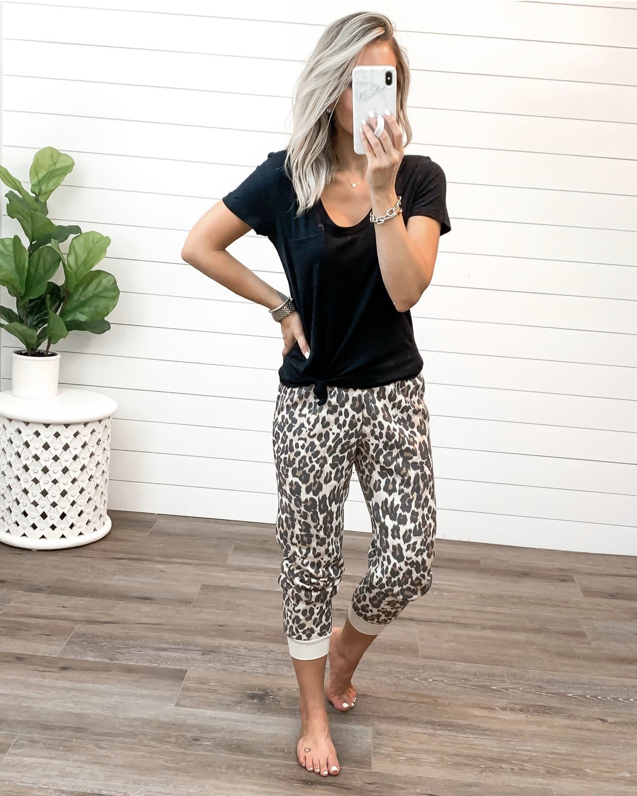 nordstrom anniversary sale nsale 2019 fall basics summer to fall transition casual outfits Laura Beverlin 19