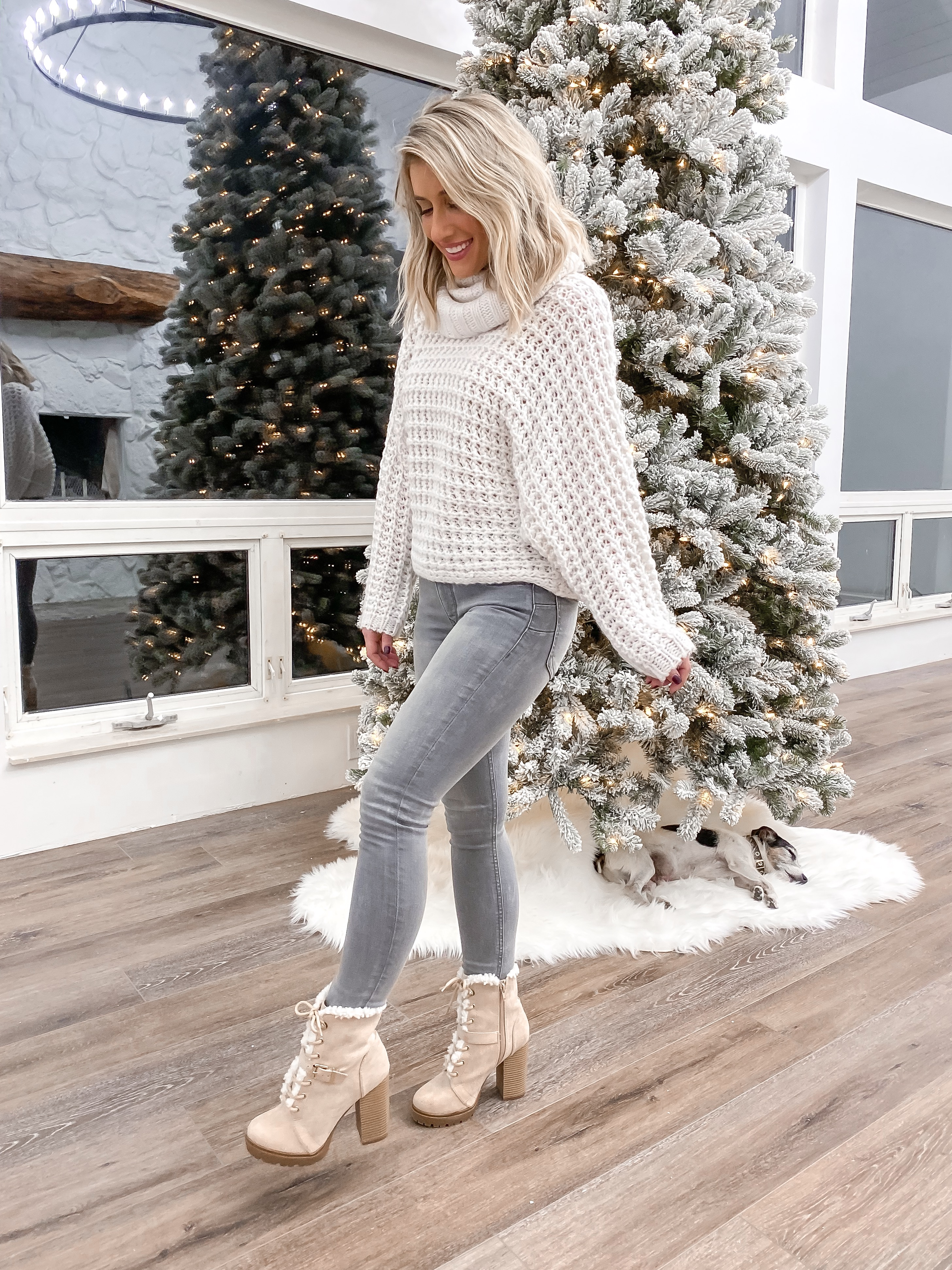 2 Laura Beverlin cozy winter outfit thanksgiving casual christmas outfit idea 12