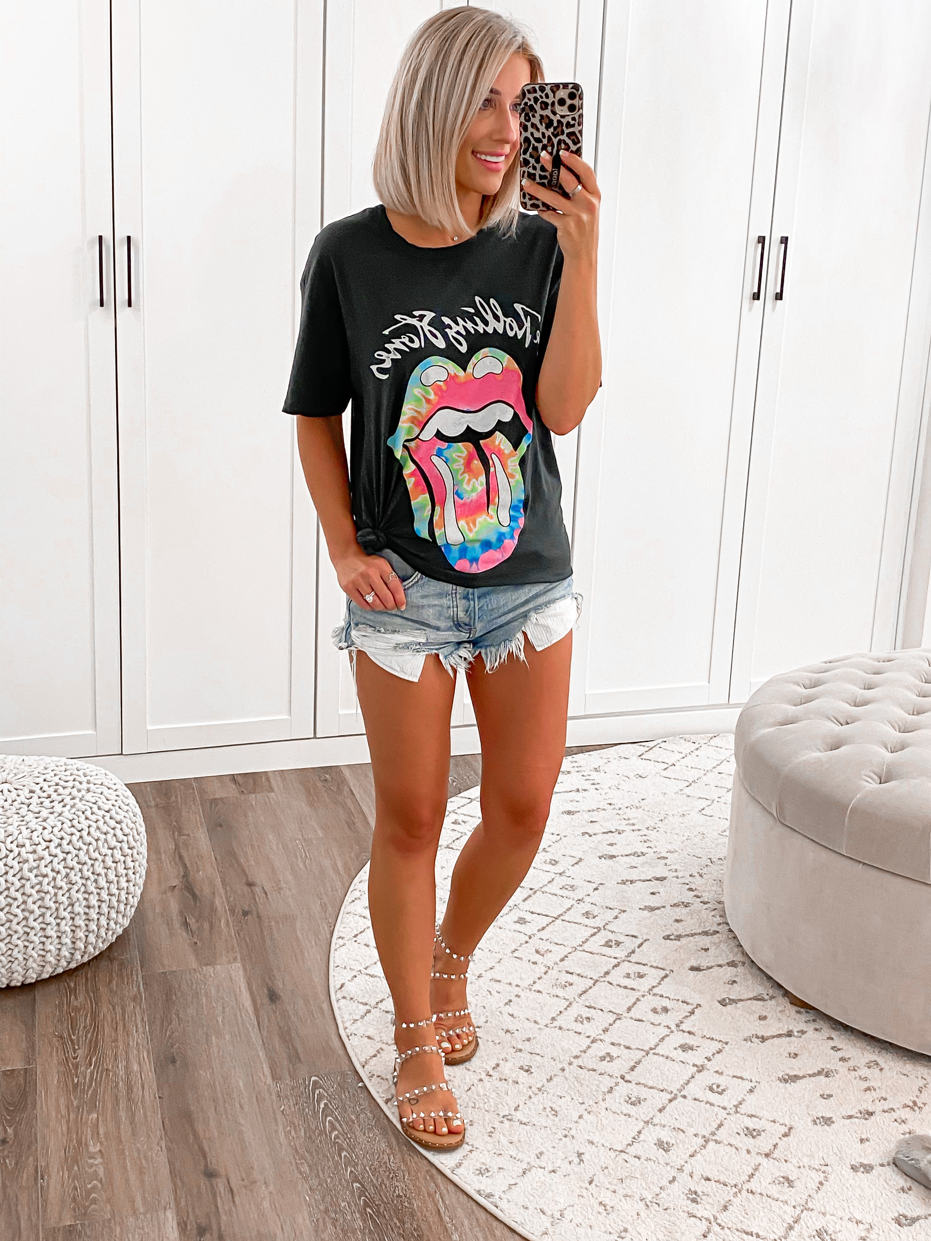 laura beverlin casual summer outfit idea rolling stones band tees graphic tshirts