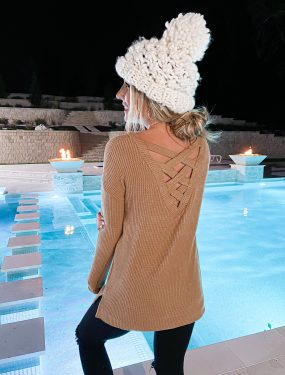 Laura Beverlin pool Winter Outfit Idea1
