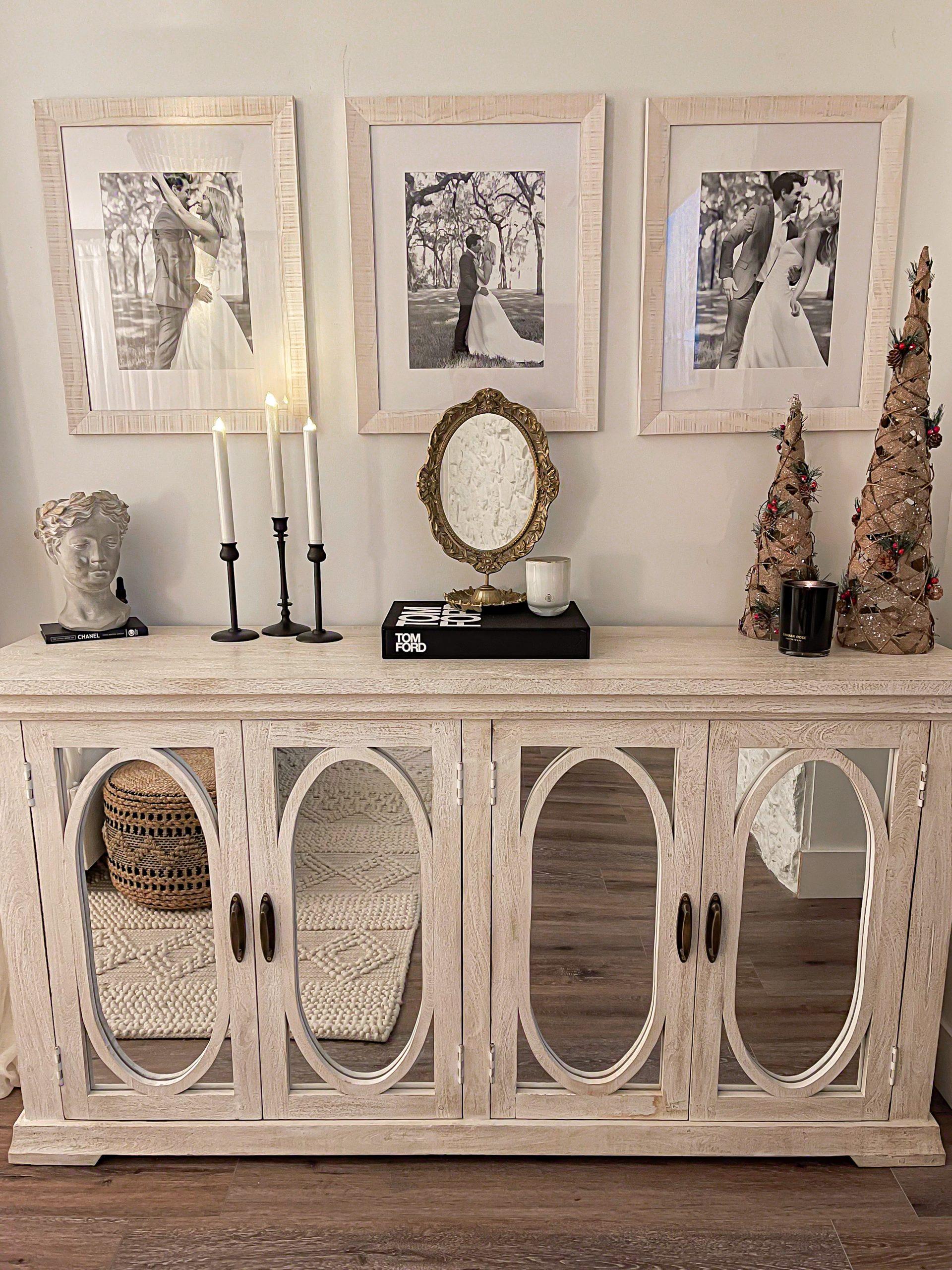cozy neutral christmas bedroom Laura Beverlin0